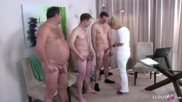 Gruppensex Porno Filme – Ärztin bei Der Musterung Deutsch