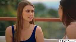 Tori Black teilt ihren Freund mit Jill Kassidy, um ihre wahre Leidenschaft zu zeigen.